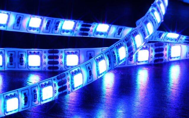 Produkcja pierwszej serii modułów LED RGB do lampy ogrodowej